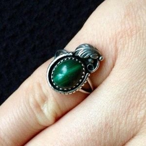 Size 5 • Vintage Malachite & Sterling Silver Ring